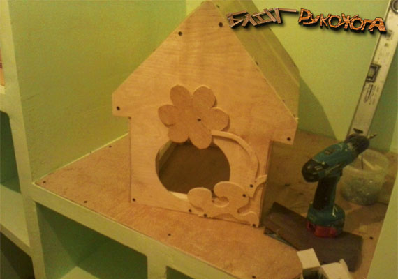как украсить кормушку для птиц